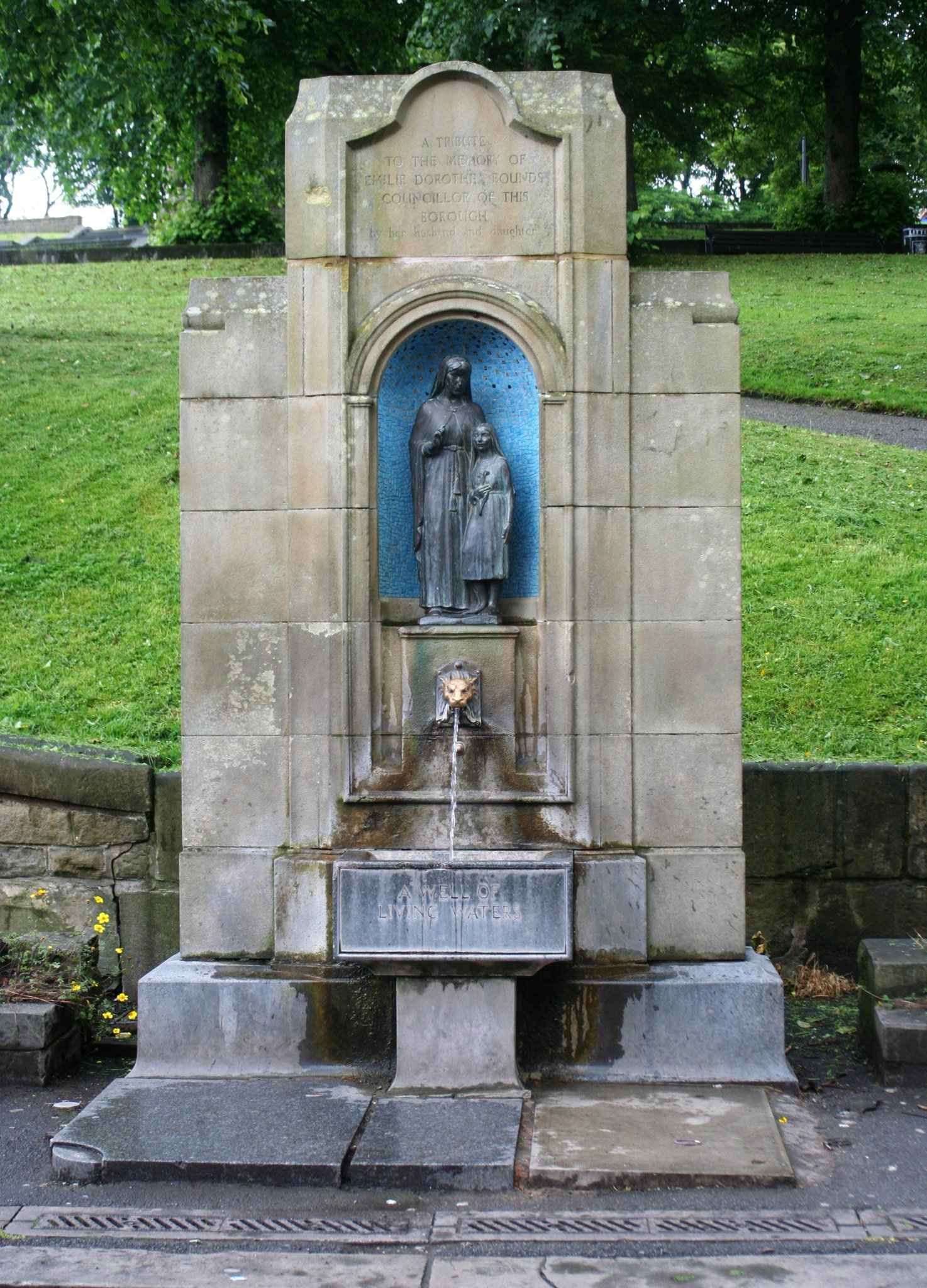 Spring well in Buxton